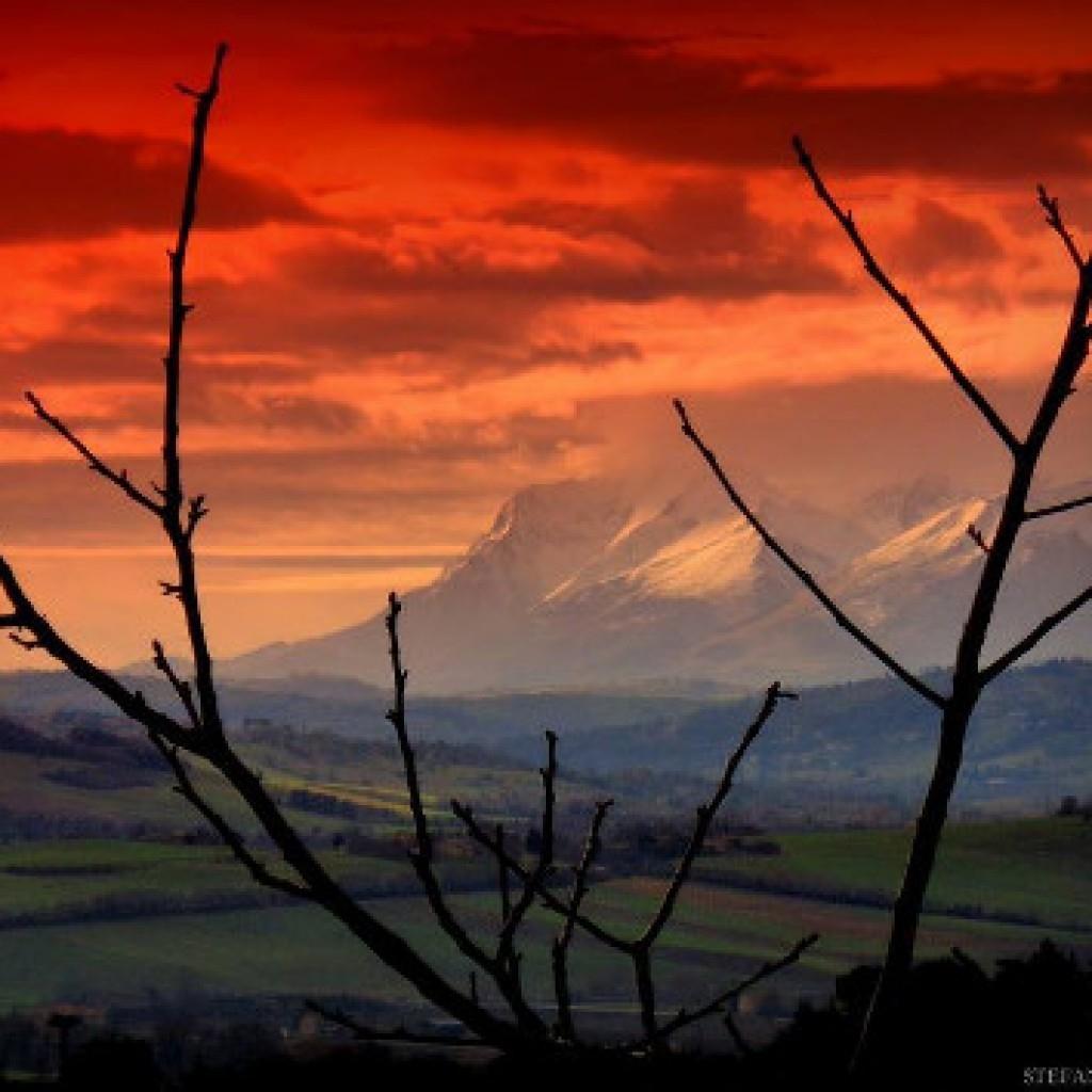 Red sky Sibillini - Marche - Italy