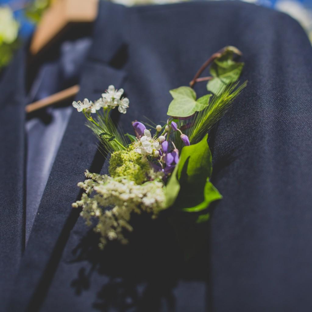 groom dress